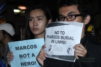 2016_1127marcosburialprotest_deepenaflor05.jpg