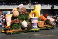float_parade13.jpg_backup